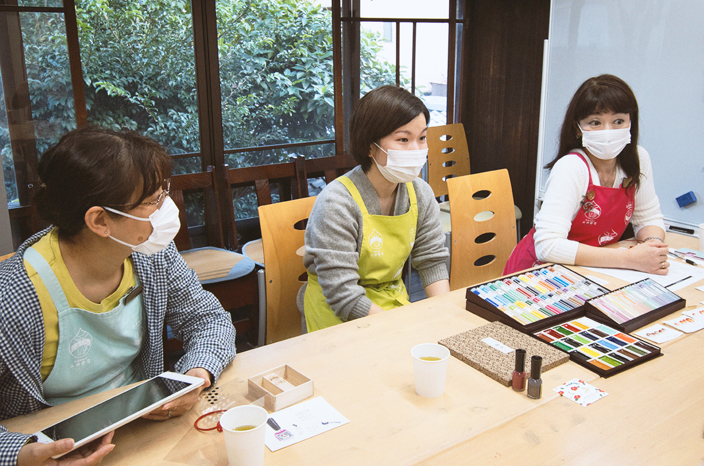 スタッフ川村さん、細川さん、西村さん